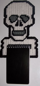 skull_notepad_holder.jpg